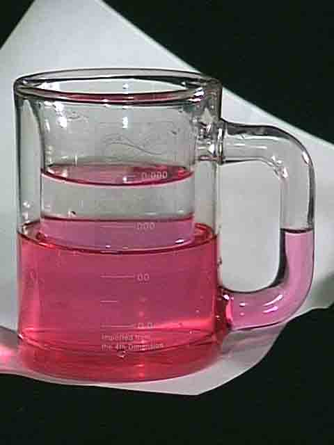 Klein Stein with rose wine & mineral water - see the wine level in the handle